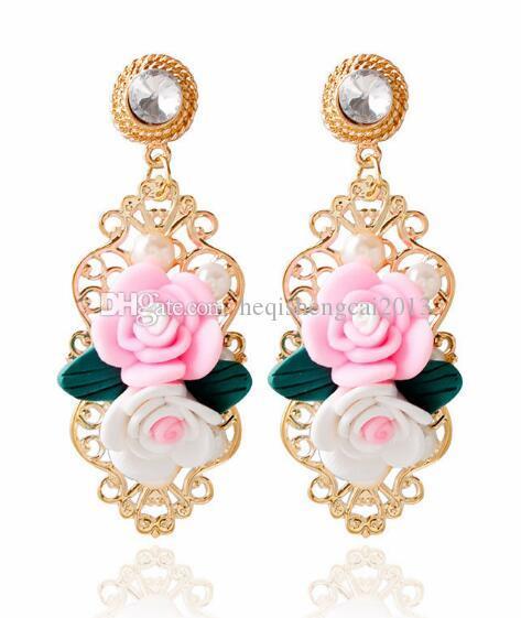 Бесплатная доставка европейских и американских гипербола мягкой керамики смолы роза выдалбливают жемчужные серьги мода классический элегантный