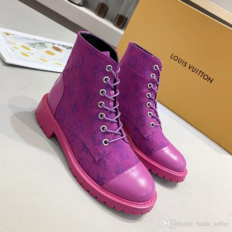 Las nuevas mujeres de las botas otoño e invierno clásico de la manera Ligera Zapatos Mujer Las mujeres de tacón bajo las botas del tobillo Scarpe da donna di Lusso
