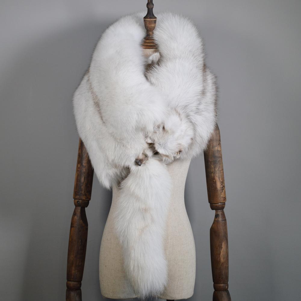 Sciarpe di lusso in vera pelliccia di volpe Donna Inverno Collo di collo di pelliccia di volpe intero naturale naturale Calda moda morbida Sciarpa di vera pelliccia di volpe vera