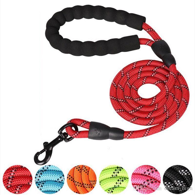 Leash Dog reflexivo Nylon Rope Pet Correndo Rastreamento trelas 1,5 m de comprimento Handle Durable chumbo Mountain Dog corda de escalada