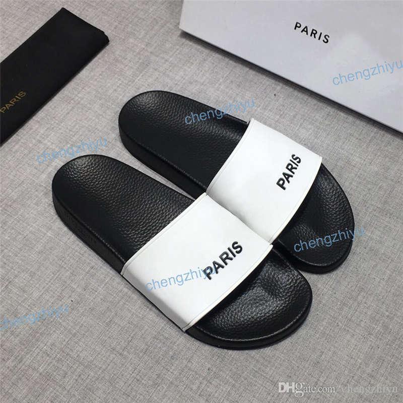 2020 Moda Erkekler Kadınlar Sandalet Popüler Slayt Yaz Üst Kalite Geniş Düz Kaygan Sandalet Terlik Flip Flop Orinigal Kutu Boyutu 36-46
