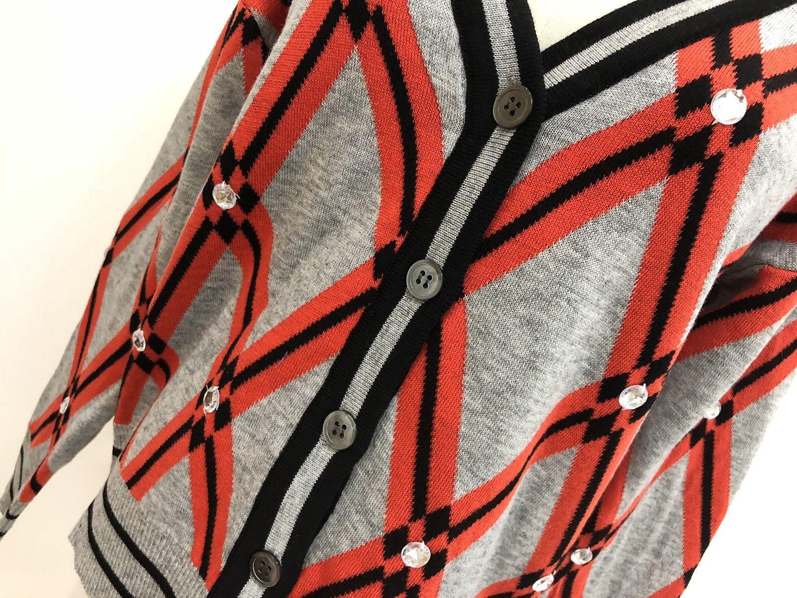 Mode-Livraison gratuite 2018 femmes Red Plaid jacquard Cardigans Marque même style Boutons Gold Line Pull femme 070509