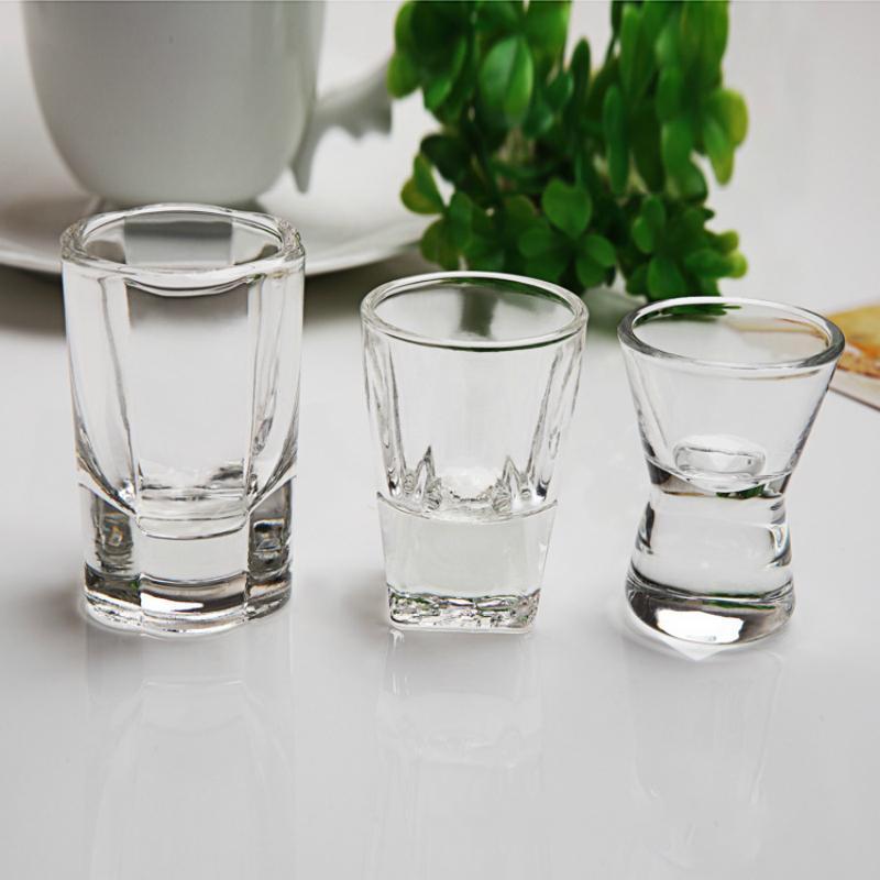 6Pcs pequena capacidade Tiro Engrossado vidro Deep Water bomba Cocktail Vodka Brandy transparente sem chumbo Glass Bar Club Essential