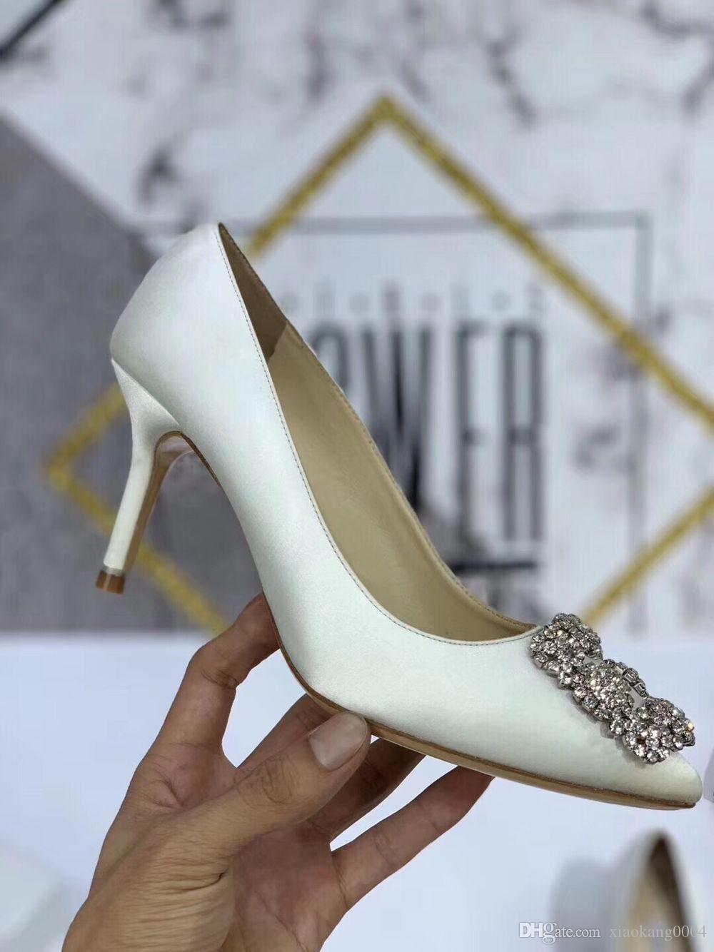Tasarımcı Kadın ayakkabı Medusa Yüksek Topuklar siyah Gerçek Deri Sivri Burun kadın Elbise Parti Ayakkabıları toptan yc19031203 pompaları