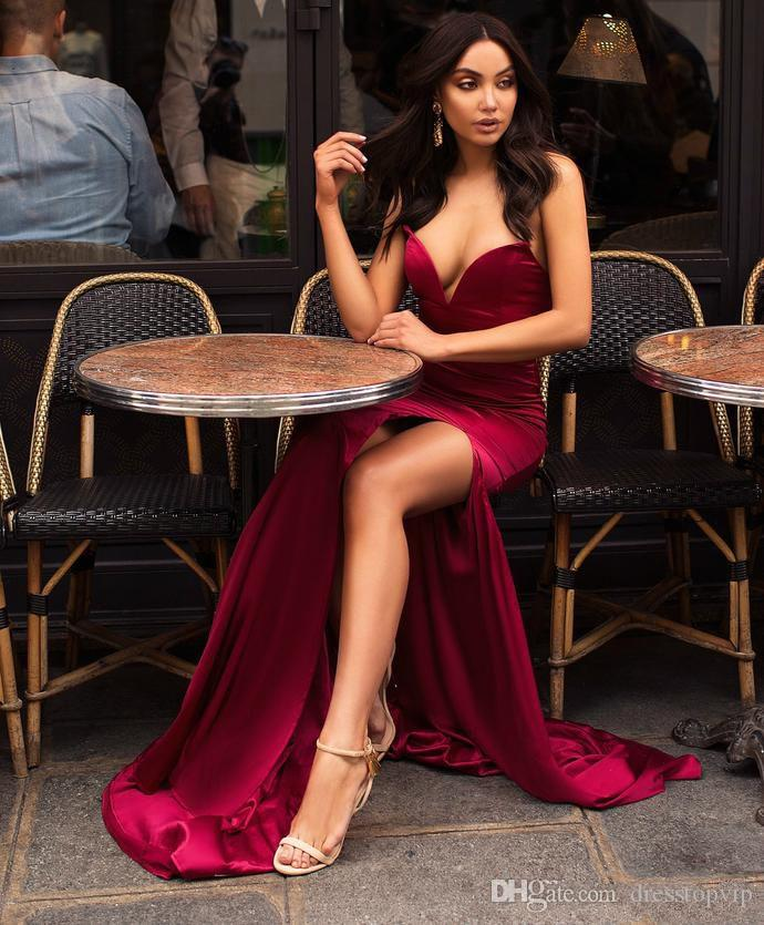 2019 Burgundy Sweetheart Strapless Mermaid Evening Dresses Sexy Front Split Prom Party Gowns Special Occasion Dresses Simple Cheap