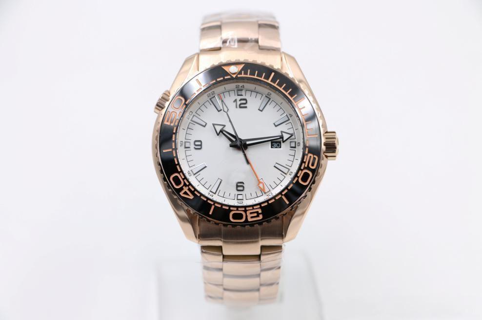 2020 Heißer Verkäufer 3 Rose Gold Automatik Herren Armbanduhr maskulin Exklusiv Erfolgreiche Mann-Uhr Vier Pointers Keramik-Lünette 44mm Styles