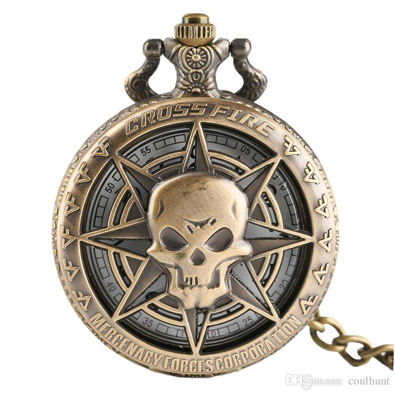 Vintage Bronze Steampunk Hollow Pirate Skull Head Necklace Hot One Piece Style Horror Quartz Pocket Watch Necklace Chain for Men Women
