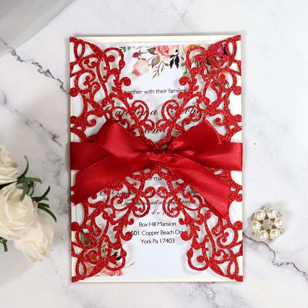 Tarjeta de la invitación de la boda del corte del láser de la impresión de la impresión roja con la riba de la flor hueca brillantes quiceeera invitaciones por DHL