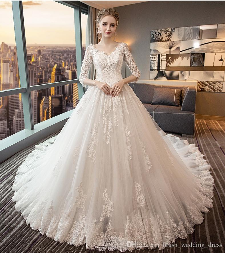 High Quality Backless Wedding Dresses V Collar Long Sleeves Cathedral Wedding Dress Bees Lace Decal Autumn And Winter Wedding Dresses