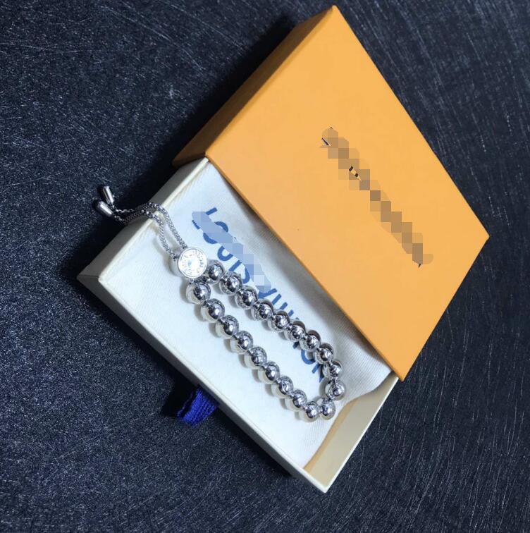 Mode-Stil geschnitzt Logo verstellbarer Armband Männer und Frauen Armband Strassarmband mit 18 Karat Gold Blume eingraviert V Brief 0111