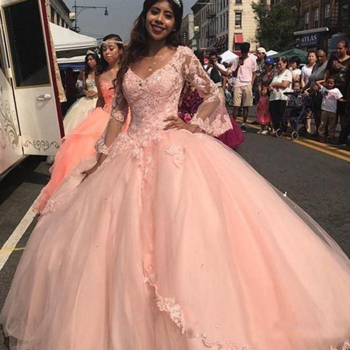 Pêssego Rosa Quinceanera Dresses V Neck mangas compridas Bola Vestidos menina Cinderela Partido Vestidos Cheap doce Vestido 16