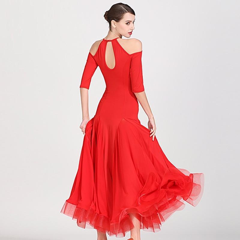 قاعة اللباس stanard النساء فساتين قاعة الرقص الإسبانية اللباس هامش ممارسة ارتداء ازياء الفلامنكو الأحمر