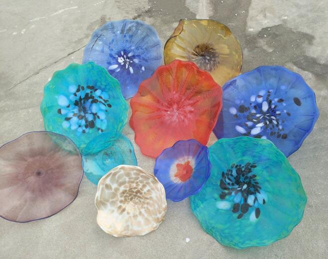 Latest Handmade Blown Murano Glass Wall Plates Flower Design Mouth Blown Glass Wall Lamps Multi Color Hanging Plates Wall Art