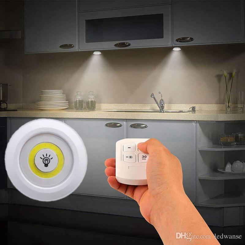 Nouveau Dimmable LED sous l'armoire avec LED batterie lumière télécommande à Closets Lumières pour armoire Éclairage salle de bains