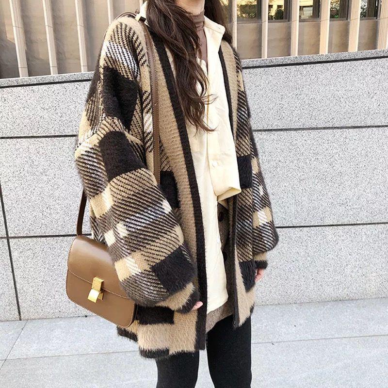 Tricots Femmes Tees Tees 2021 Automne Femelle Velvet Cardigan Cardigan Cardigan Corean Style Lâche Mohair Pull Manteau et veste Femmes Surdimensionnées F1