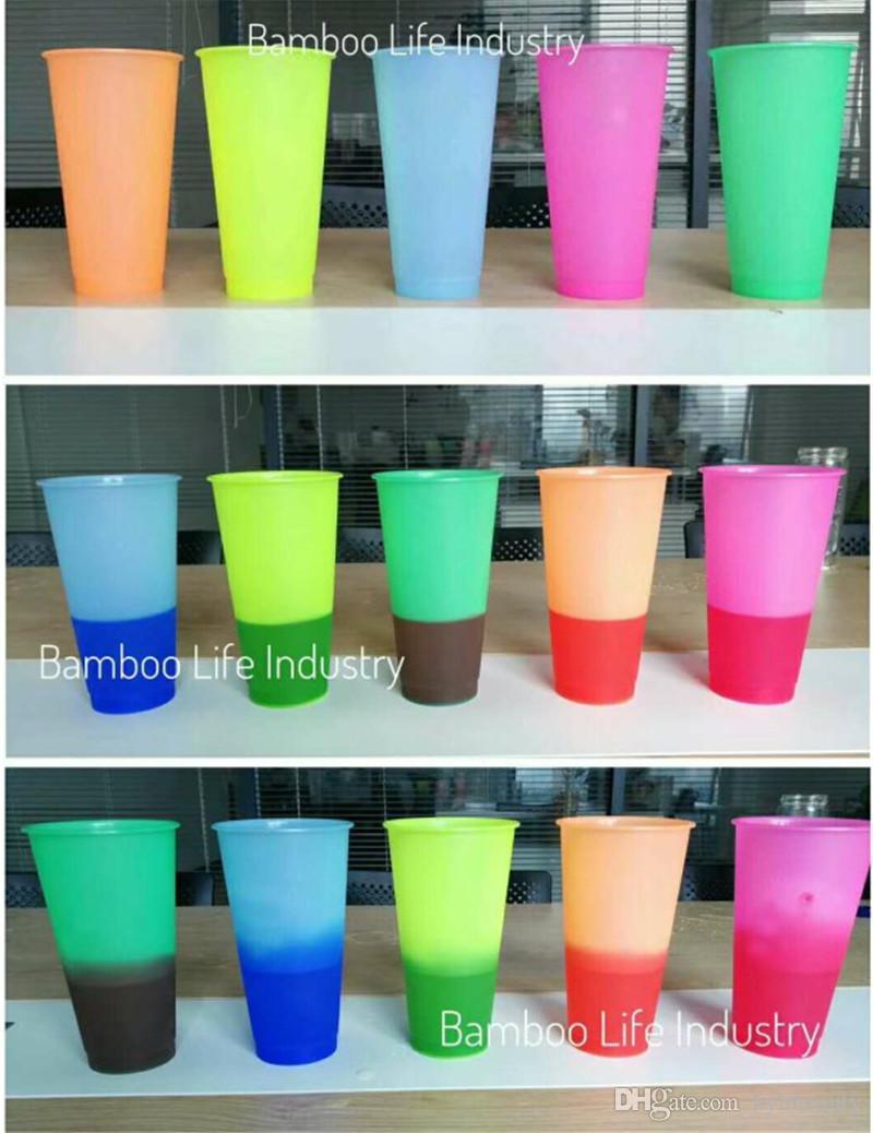 Più popolare !! Cambiare colore Cup 5 colori 700ML Big Capacity plastica riutilizzabile fredda della tazza di caffè Tazza da tè con coperchio paglia