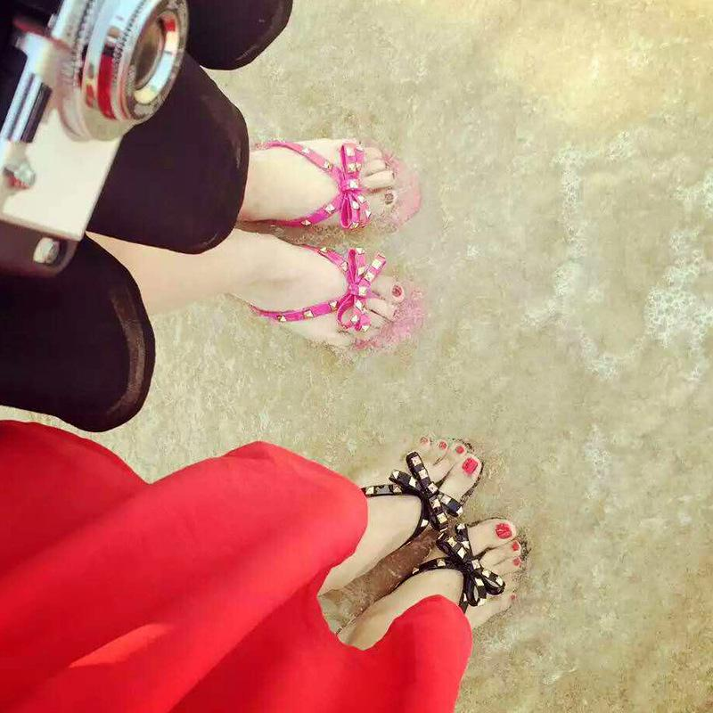 Nuovo grande vibrazione di bowknot 2020 donna sandali estivi Rivetti Flops Beach Sandalias Femininas gelatina piana Designers Sandals Size 36-42