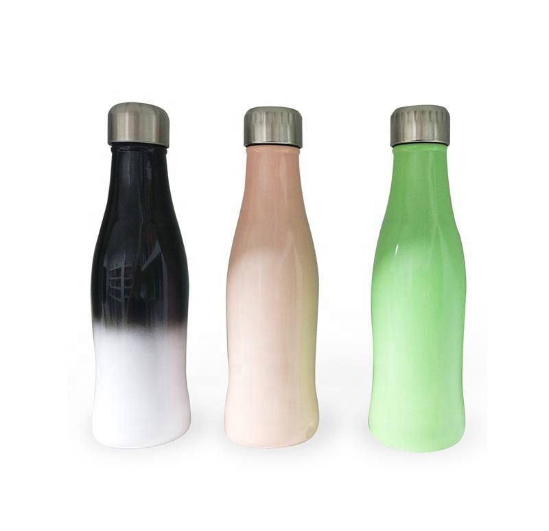 Double Wall 17 oz aço inoxidável de vácuo garrafa isolados de água à prova de vazamentos Sports garrafa térmica mantém as bebidas quentes Fria
