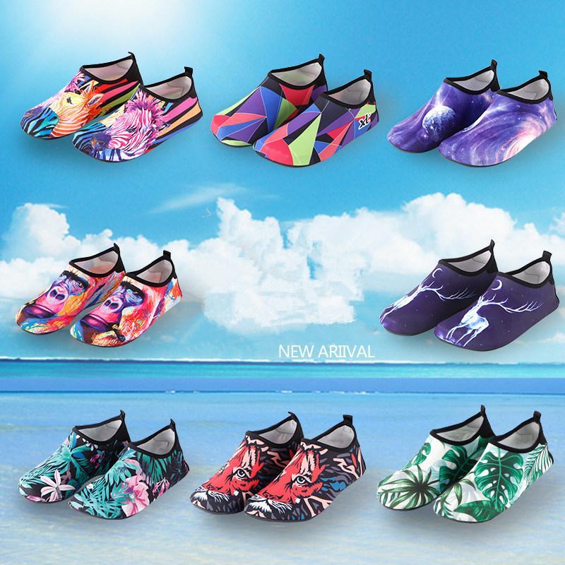 2021 NUEVA Playa Natación Agua Sport Socks Anti Slip Zapatillas Yoga Fitness Danza Nadar Surfing Buceo Zapatos submarinos para mujeres Hombres