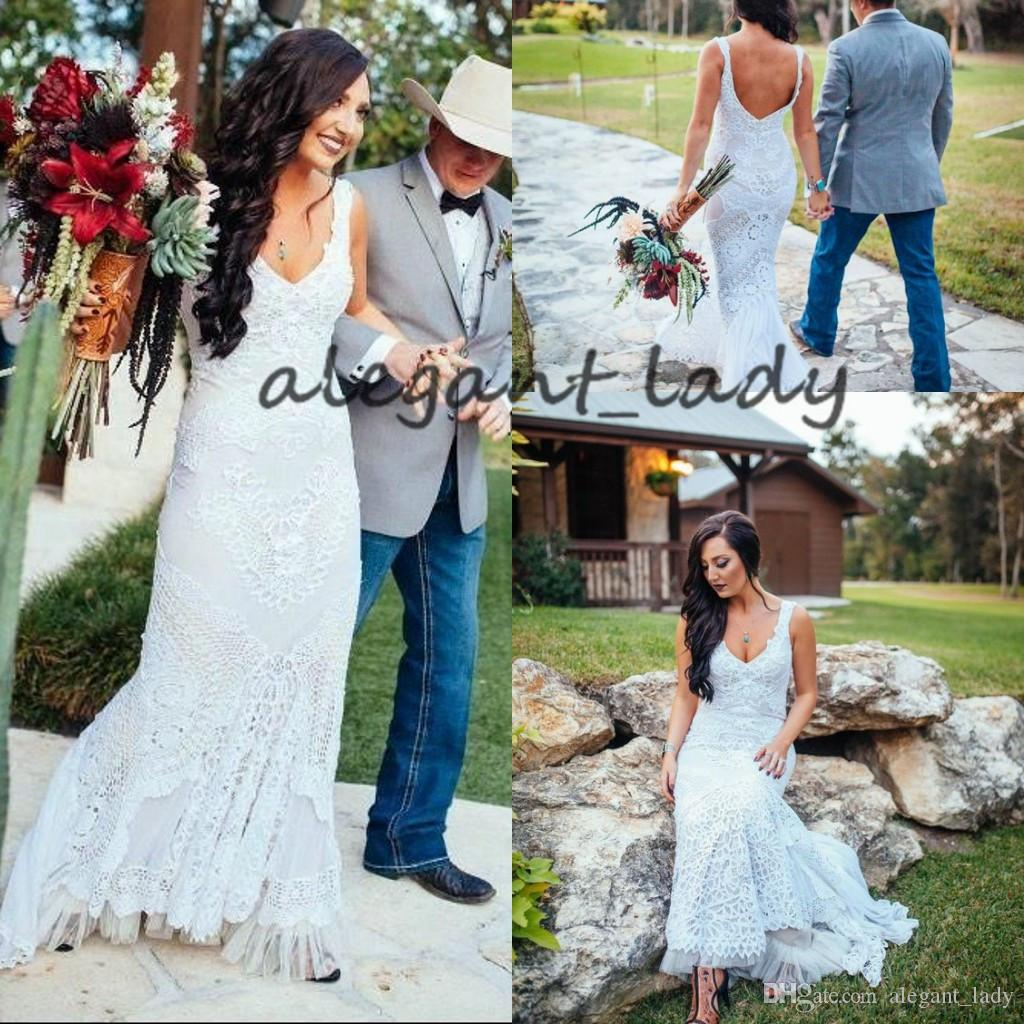 Vintage Crochet Lace Mermaid Boho Wedding Dresses 2019 Backless Full length V-neck Fishtail Country Beach Bridal Wedding Party Gown