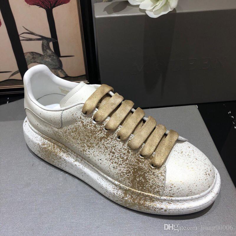 El diseñador de moda de lujo 2019 mujeres de los hombres zapatillas zapatos de piel de terciopelo negro rojo blanco plana zapatos casuales Plataforma Formadores hx1708