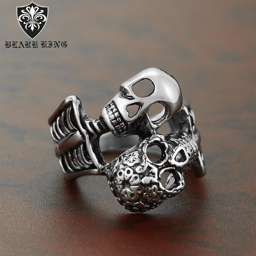 2020 neue Art-heiße verkaufende Art und Weise kreatives Doppel Schädel-Ring-modische Zusätze Schädel-Kopf-Punkring Qj545us Größe