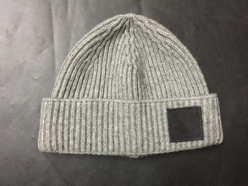 Moda-Homens malha Gorros de Inverno Beanie homens do desenhista chapéus mornos Adultos SkFashion Cap Hip Hop Hat Presente de Natal New frete grátis