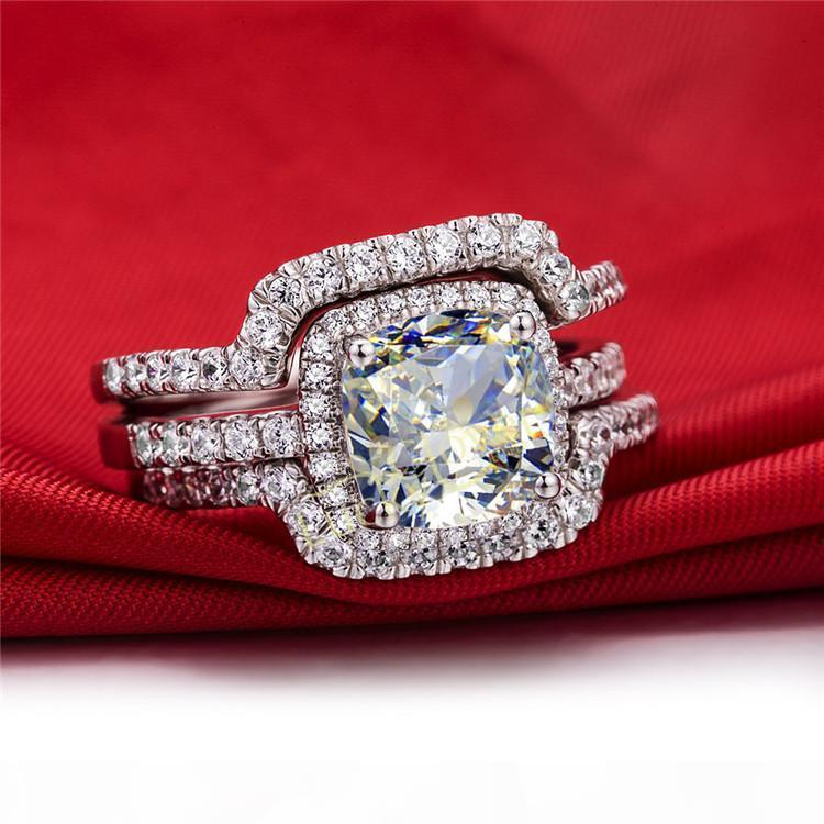 Lujo caliente nuevo conjunto nupcial anillos de boda conjuntos 3 quilates cojín princesa corte mejor calidad NSCD sintético gema 3 Unid anillo conjuntos