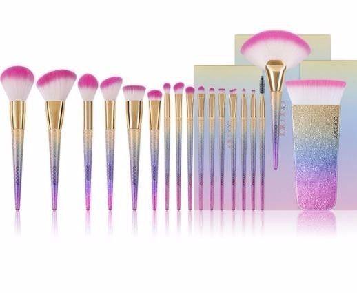 18pcs Brand Makeup Brushes Tools Kit Powder Foundation Blush Eye Shadow Blending Fan Cosmetic Make Up Brushes