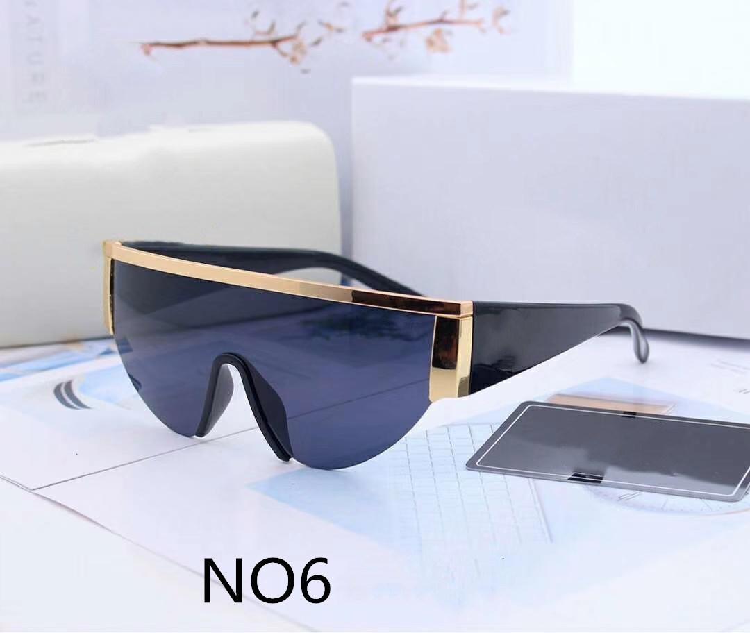 Très Qualité 2020 nouveau Designer Lunettes de soleil mode adumbral Lunettes de soleil pour femmes Homme UV400 Modèle 0019 6 couleurs avec étui Boîte