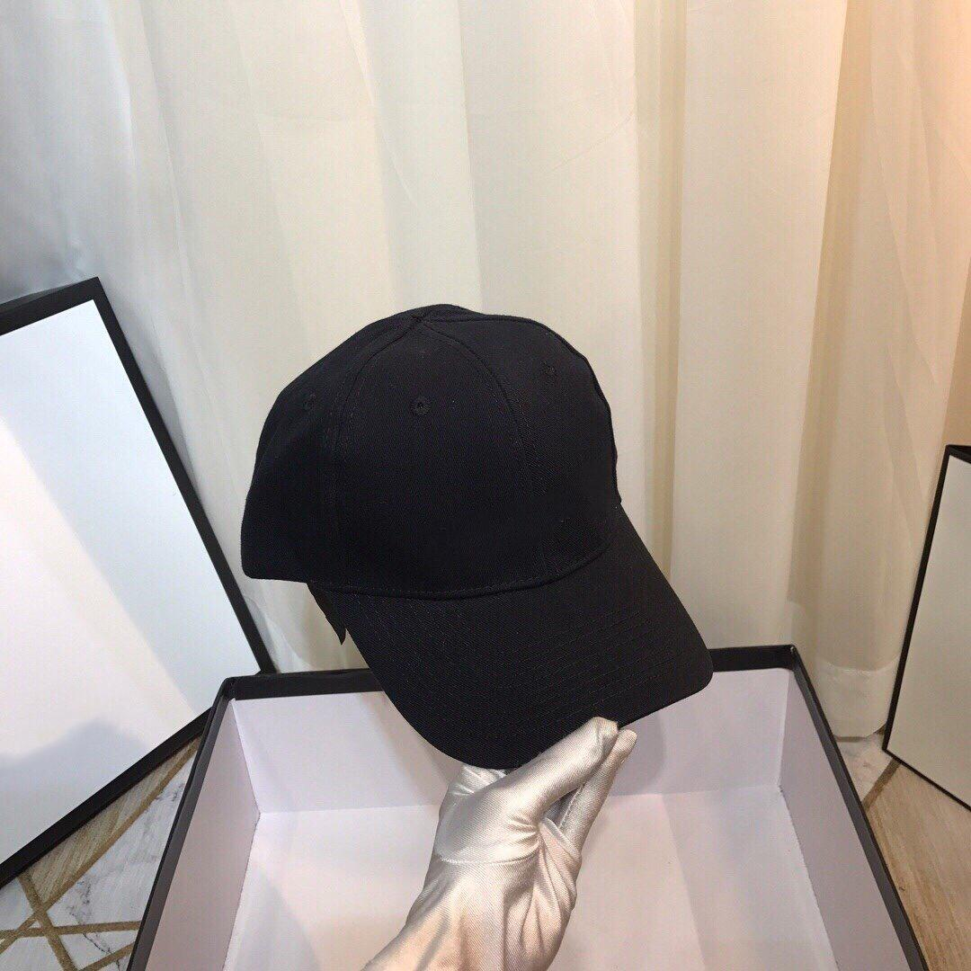 Brand luxury fabric with high quality classic men and women fashion outdoor sport hat Embroidery letter black luxury free gift
