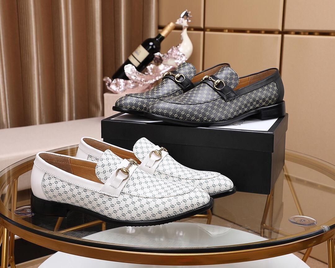 2020Tasarımcı YENİ Erkek Eğitmenler Sneakers Ayakkabıİyi oyunErkek İş Günlük Ayakkabılar 38-46 1001