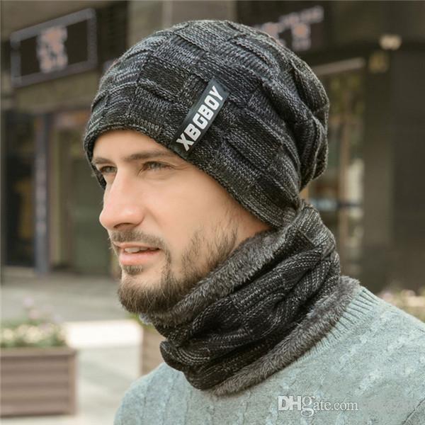 New Hat Scarf Set Moda Inverno Chapéu De Malha Com Máscara Capa Gorros neckercheif Máscara Bonnet Skull Caps Chapéus Ao Ar Livre Quente 5 Cores