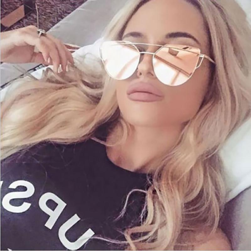 Женская Vintage Cat Eye Солнцезащитные очки Марка Дизайнер Солнцезащитные очки Розовые розы Зеркало рамки металла Светоотражающие Плоский объектив очки óculos