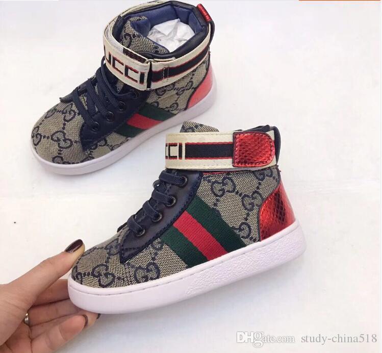Otoño e Invierno 2019 Nuevos zapatos para niños Bordado de letras de moda Zapatos de ocio de color superior de color