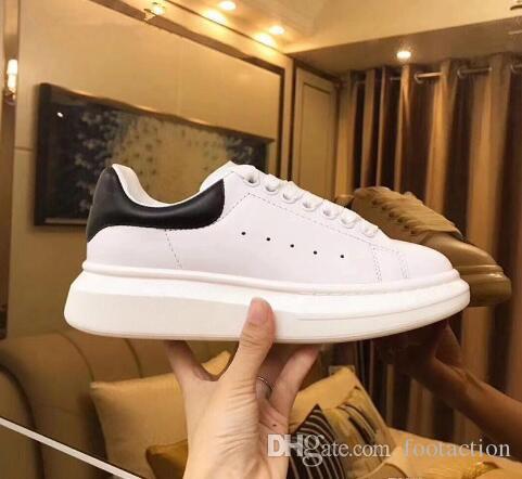 2019 Loveres Casual aptidão sapatos de couro novas dos homens da forma das mulheres Branco Preto Plataforma Low Top Plano calçados casuais Pink Lady