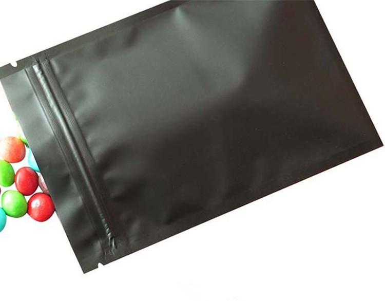 100pcs Pequeño Negro mate del papel de aluminio Ziplock bolsa de fondo plano metálico Mylar Negro con cremallera bolsa de hierbas de la persona agitada Spinner bolsa