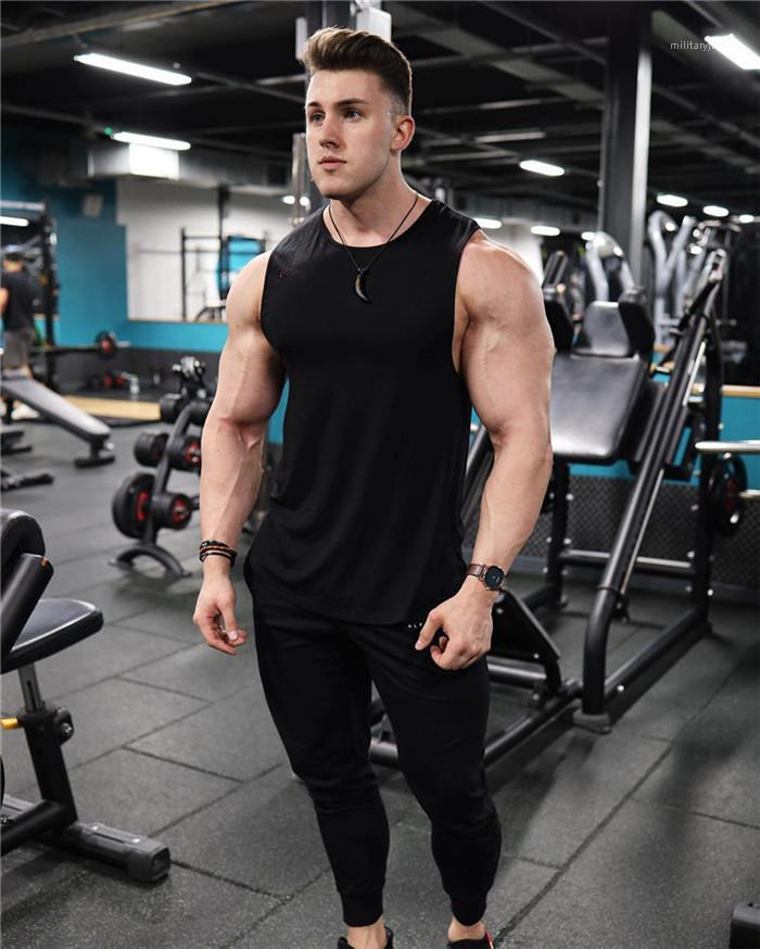 Tops Designer Casual Summer Sports Tees Slim Breathable Sleeveless Tank Tops Solid Color Active Men's Tank