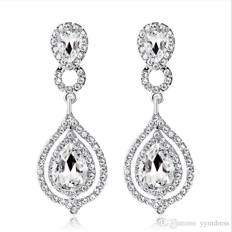 2019 Nuovi cristalli brillanti di moda Orecchini da sposa Strass Orecchini a goccia lunghi per le donne Gioielli da sposa Regalo di nozze Per damigelle