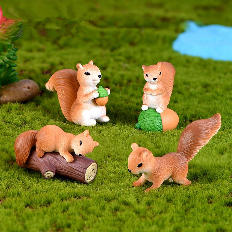 4pcs/set Cute Squirrel Desktop Ornament Cartoon Animal Figure Statues Sculptures Micro Landscape Decoration Crafts Gifts