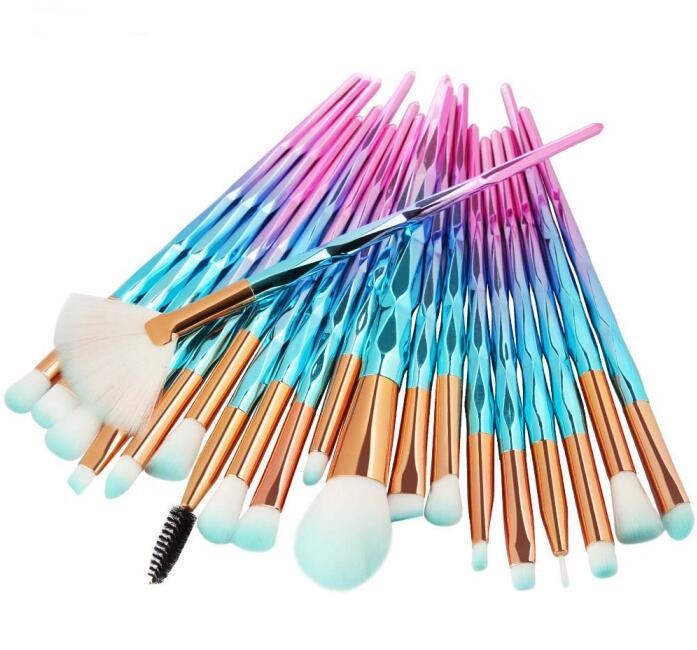 20шт набор кисточек для макияжа с алмазной ручкой из мягкой нейлоновой насадки для теней для век для бровей румяна косметика DHL Free