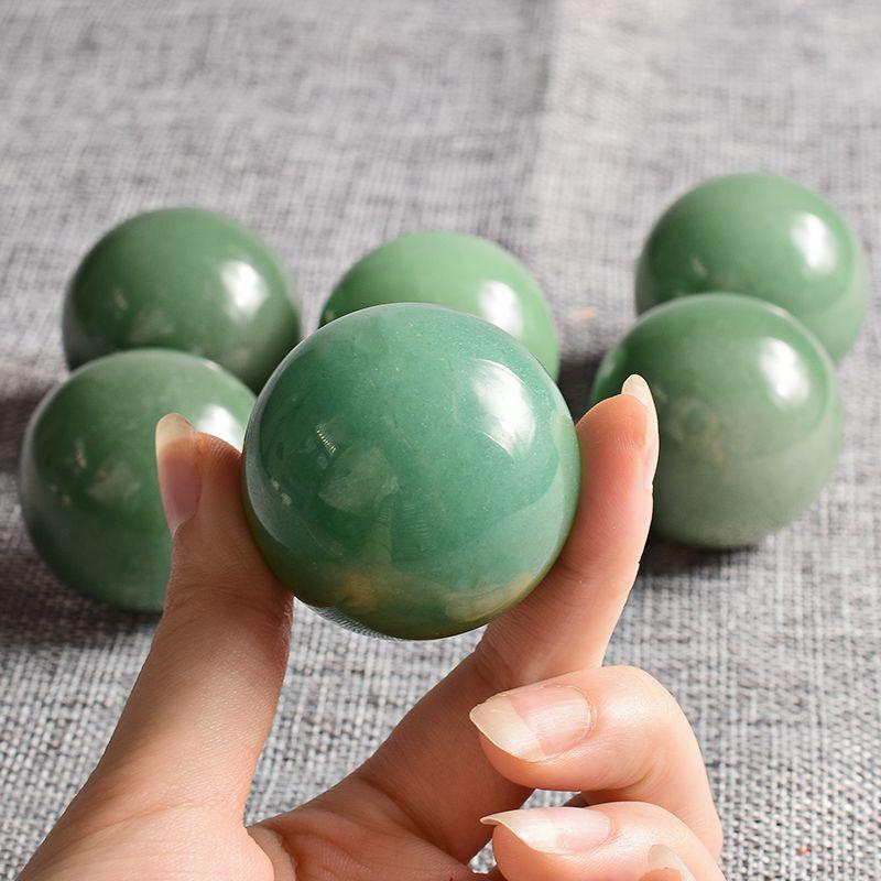 Esfera de cristal 1pcs 40 milímetros verde Aventurine Gemstone esfera de cristal cura Chakra Reiki Benwa Balls Pedra Natural Body Massage