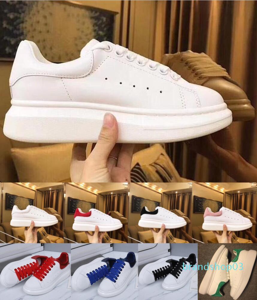 2020 diseñador para mujer para hombre del zapato de cuero de gamuza blanca de oro negro rojo cómodo Piso de lujo zapatillas de deporte de la plataforma zapatos casuales tamaño 36-44 c20
