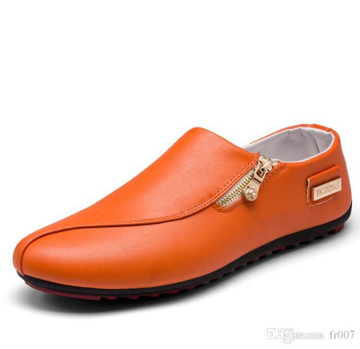 Appartamenti di lusso degli uomini dei pattini casuali fannulloni respirabili Designer Shoes scivolare sul Shallow confortevole Zapatos Hombre Plus Size 39-46