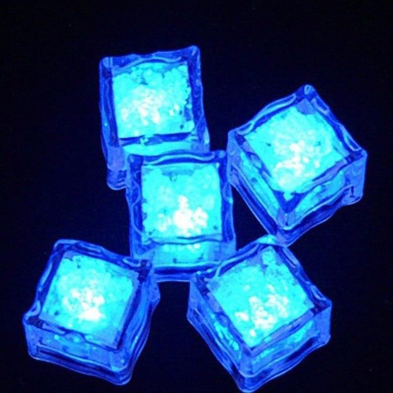 Decoración de Navidad de la boda del fiesta del festivo Cubos LED Mini romántico luminoso LED cubo de hielo artificial del flash de luz espumoso