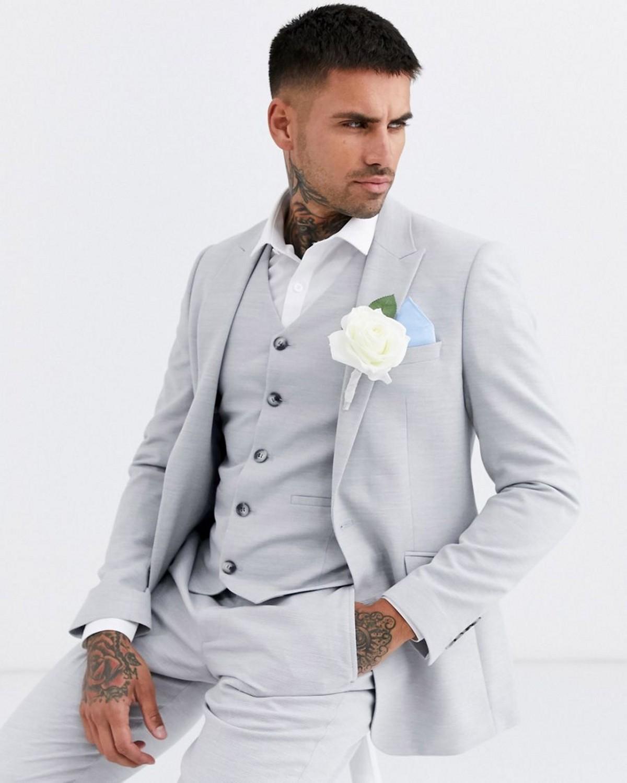Fait sur mesure gris clair trois pièces smokings marié Notch Lapel deux boutons Hommes Blazer Hommes d'affaires Costume de bal formel (veste + pantalon + Gilet)