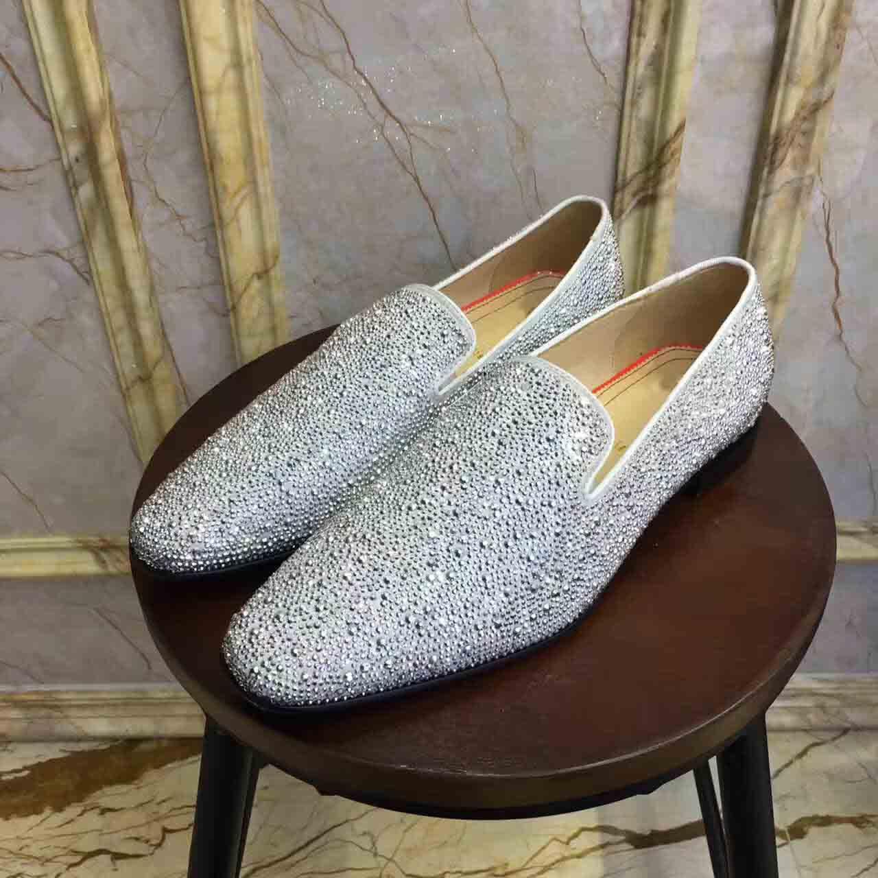 Diamantes Moda Studs Red inferior Loafers Homens Flats Com Bling Rhinestone Glitter chinelo Sapatos de couro preto genuíno vestido de casamento com caixa