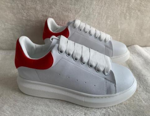 Newset Velvet de lujo casual zapatos diseñador de zapatos Zapatos Blanco Negro Cuero Colores Mujeres Hombres Zapatos cómodos para hombre plana Deportes