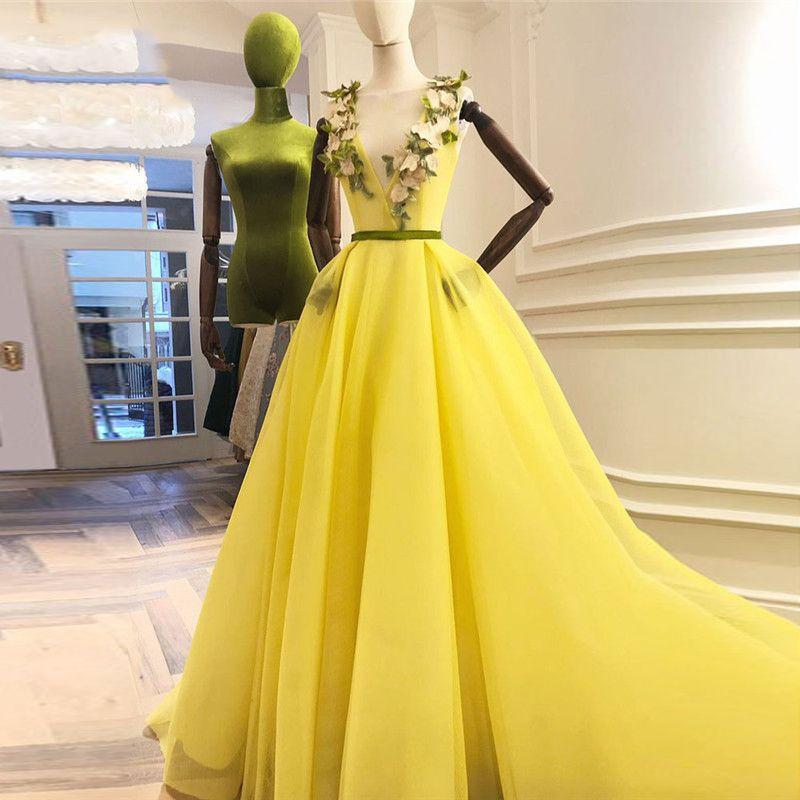 Blight Yellow 3D Вечерние платья с цветами V-образным вырезом на шнуровке A-Line Длинные вечерние платья Красивые выпускные платья Vestido Longo Abendkleider