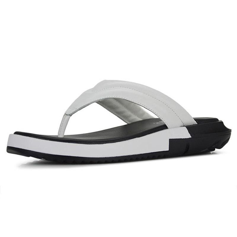 Moda 2020 Yeni Erkek Casual Gerçek Deri Çılgınlıklar Flop'lar Sandalet Kalın Plaform Büyük Beden Siyah Beyaz Plaj Terlik Erkek Ayakkabıları